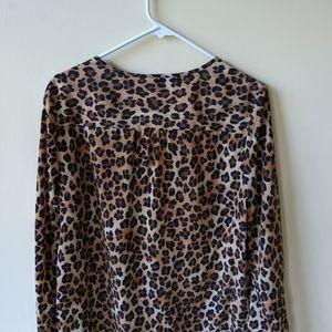 Dana Buchman leopard print shirt